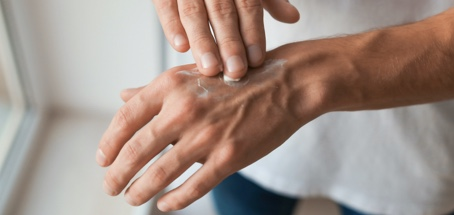 Crema barriera mani